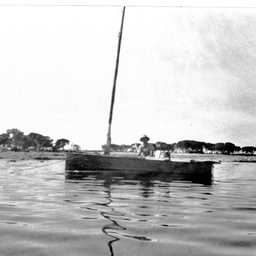 Small boat on The Coorong opposite Loveday Bay