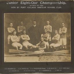 Junior Eight-Oar Championship winners 1909