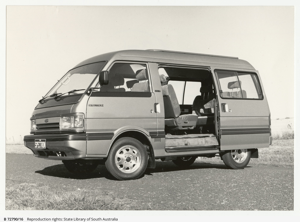 Ford Spectron wagon