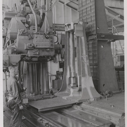 Milling a Cordite press main frame.
