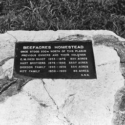 Plaque commemorating 'Beefacres'