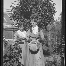 Martha White and Maud Mellor