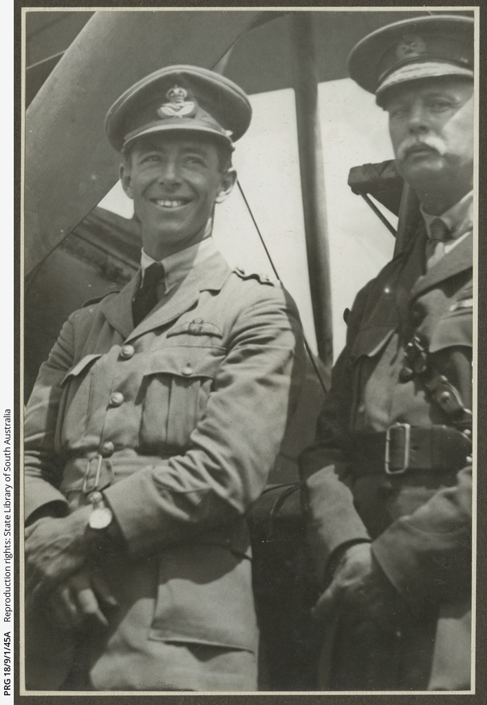 Keith Smith and General Cox.