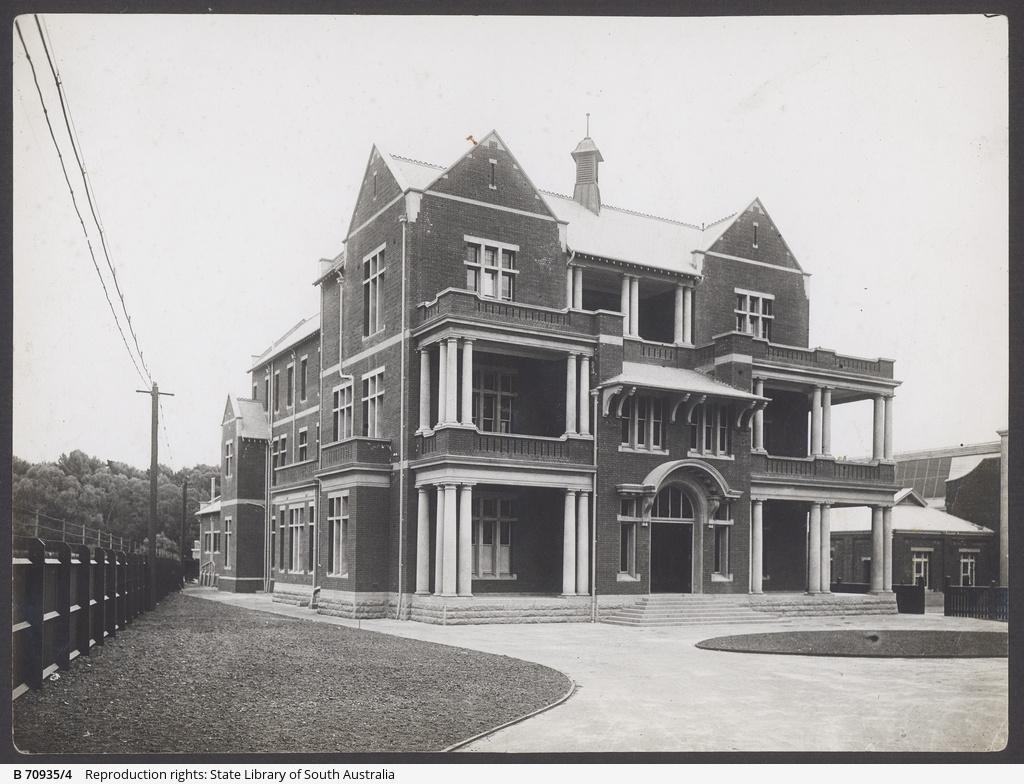 The MTT Administration building at Hackney