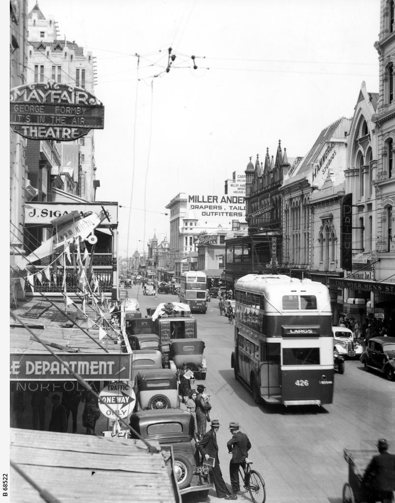 Rundle Street looking west