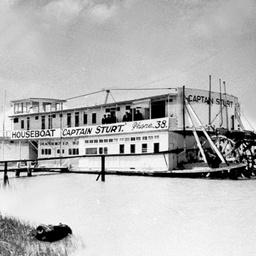 Captain Sturt as house boat at Goolwa