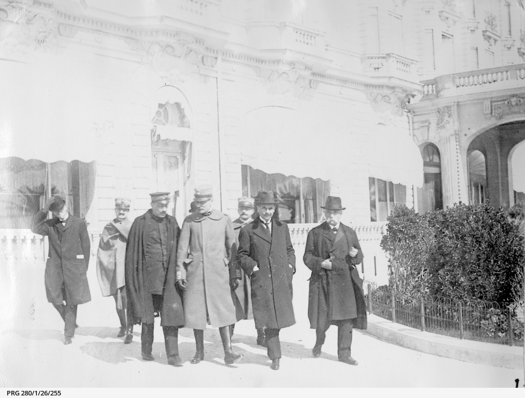 Italian delegates at Cannes, France