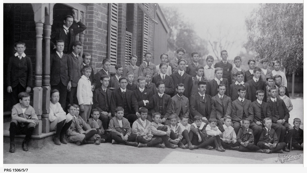 Students at Queen's School, North Adelaide