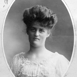 Violet Christina Searcy