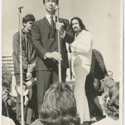 Don Dunstan speaking at the Vietnam War Moratorium rally