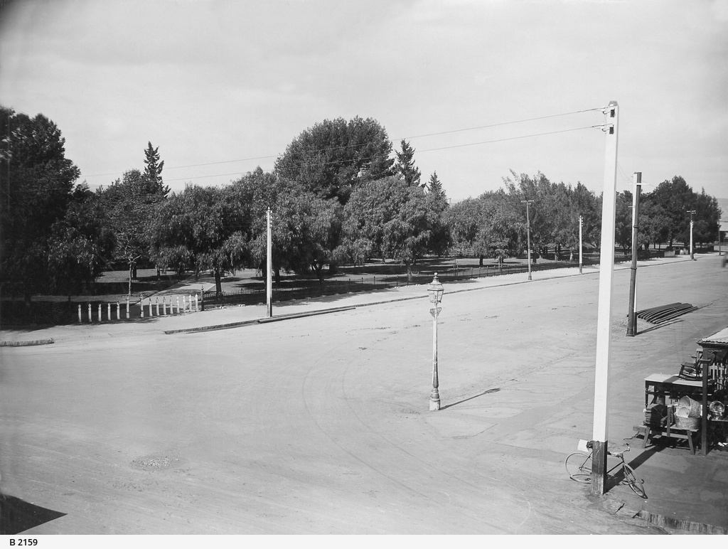 Whitmore Square, Adelaide, west Side