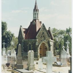 Adelaide cemeteries