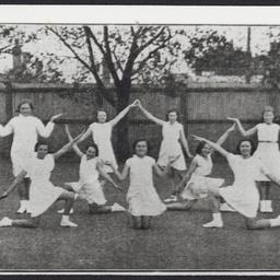 Female students of Sturt Street School