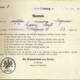 [Pass issued to Harry Swift while a resident in Berlin during World War 1]