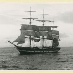 The 'Melbourne' under partial sail