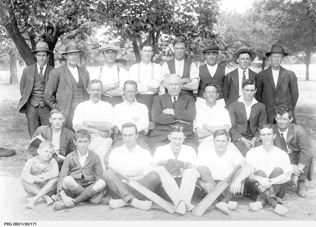 A returned soldiers' cricket team