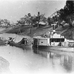 P.S. Bourke on the River Darling