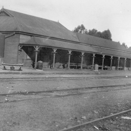 Railway station at Brinkworth