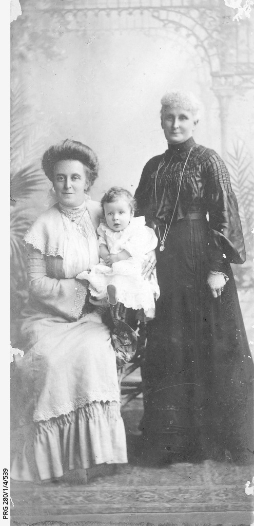 Jane Searcy with her daughter Stella and grandson Alfred