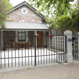 Row house, 261 Wright Street, Adelaide