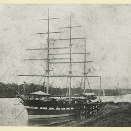 The 'Scottish Hero' in an unidentified port