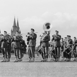 United States Army Band in the Oval