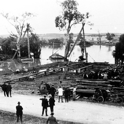Equipment and towing gear used for raising P.S. Mannum, over Mannum Road