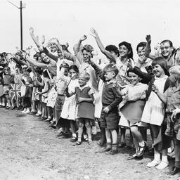 Children from Lockleys Demonstration School