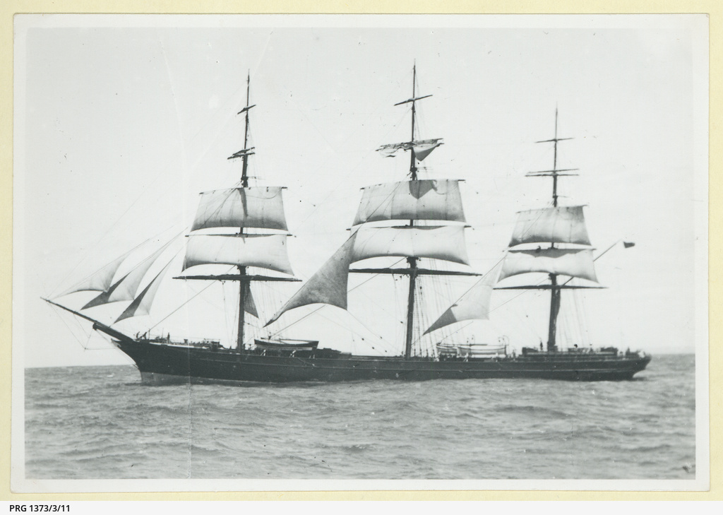 The 'Brilliant' under sail