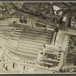 Aerial view of Sydney railway station.