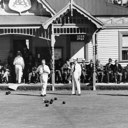 Interstate bowls at Victoria Drive