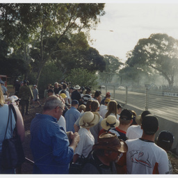 Crowd near the track at Adelaide Clipsal 500