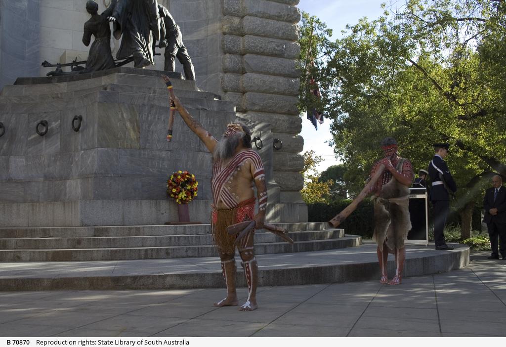 Aboriginal men, Indigenous Veterans Service