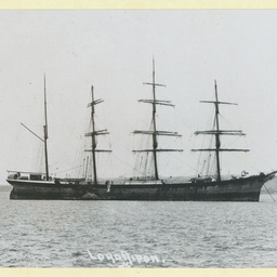 The 'Lord Ripen' dismasted at Sydney