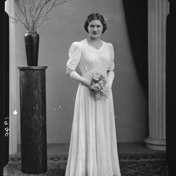 Miss Y. Golding