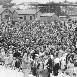 Crowd at the opening of the broad gauge railway
