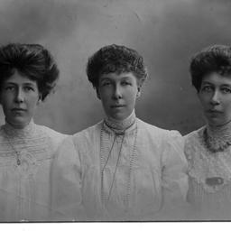 The Todd sisters
