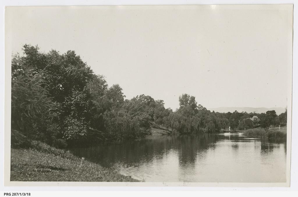 'Torrens Lake'