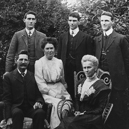 Members of the Ligertwood family
