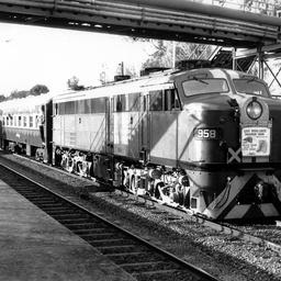 Last broad gauge passenger train to Victor Harbor