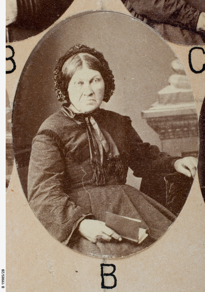 Group of [women] Old Colonists : Watts