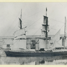 The 'Glen Osmond' in unidentified port