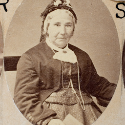Group of [women] Old Colonists : Thomas