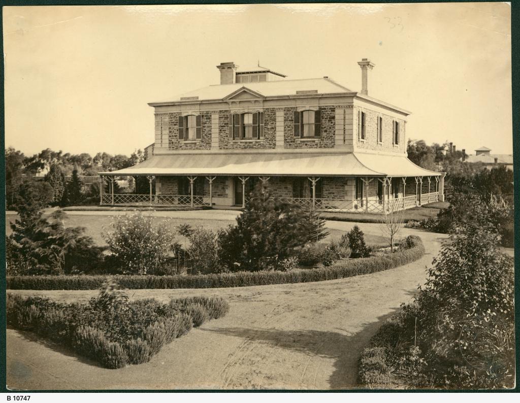 Residence, Glenelg