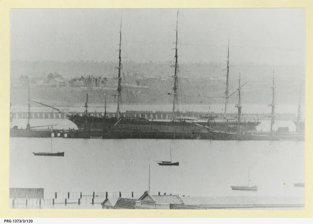 The 'Romanoff' with skysails