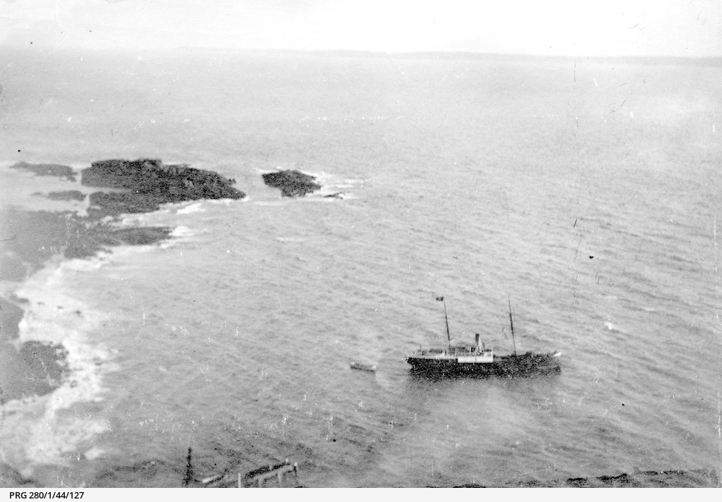 The SS 'Governor Musgrave' off Althorpe Island