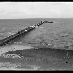 Jetty at Largs Bay