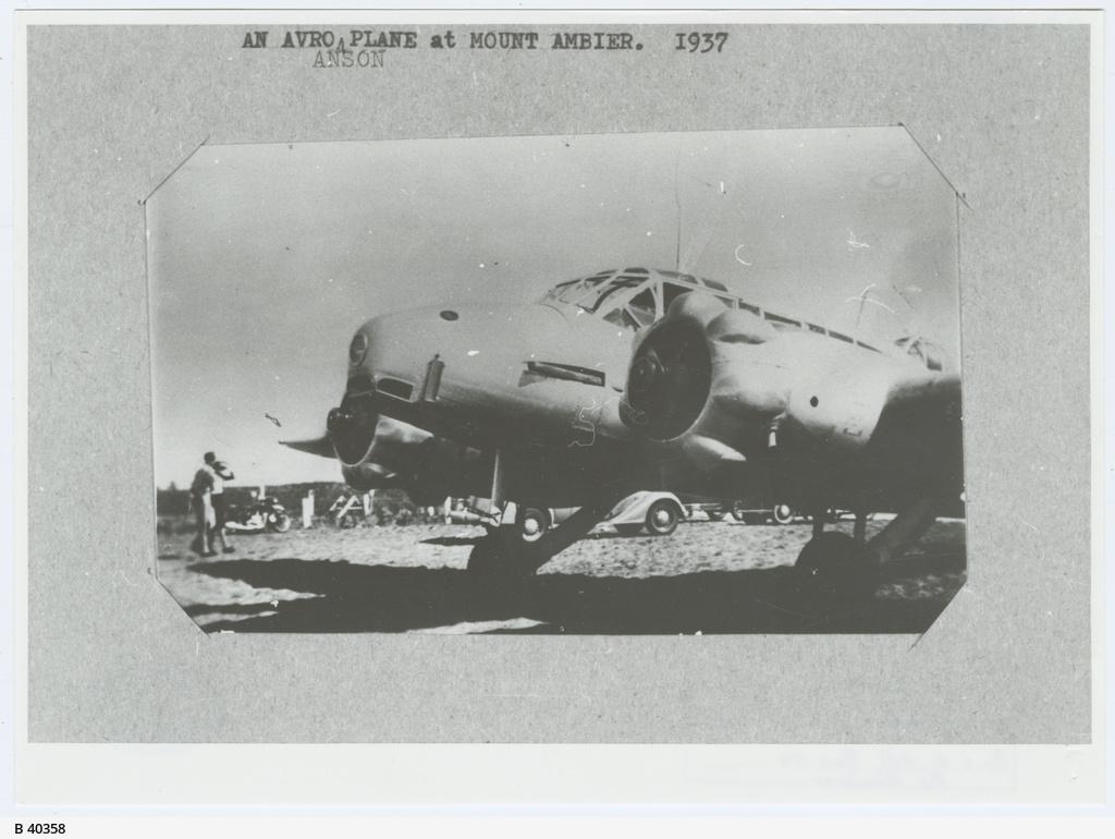 Avro Anson 'Plane Mount Gambier