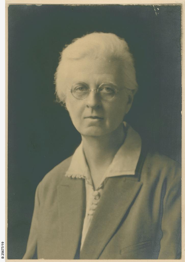 Laura Heyne