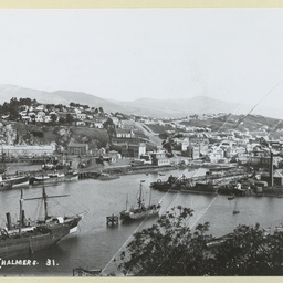 Shipping at Port Chalmers about 1890